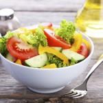 Frischer Salat mit Streitenberger Dressing